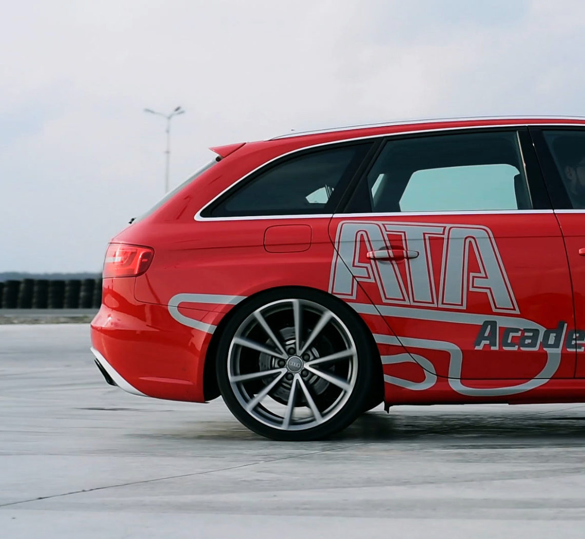 audi rs4 academia titi aur popotam productions video agency