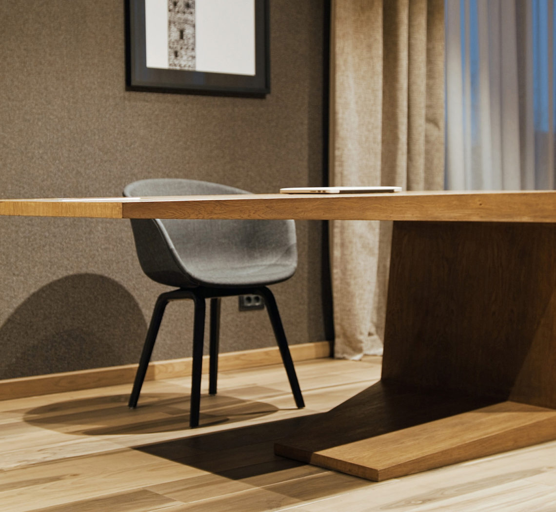 designer wooden desk made by mario stoica design commercial by popotam productions video agency