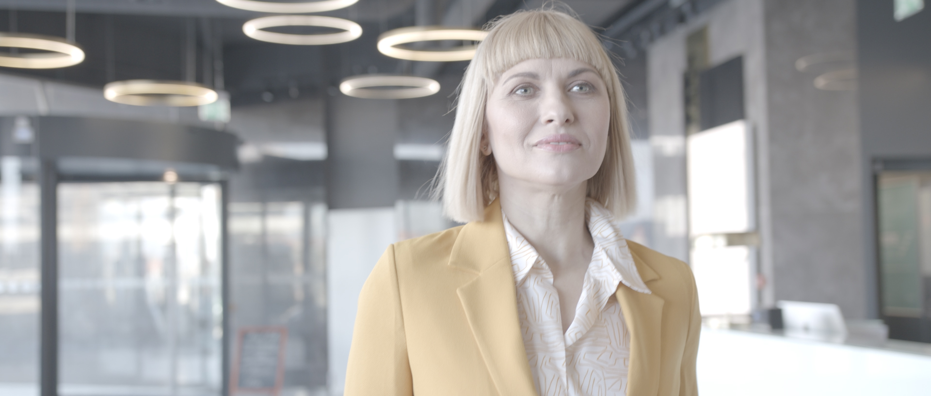 alina ilea actress filming tad james nlp commercial The Right Choice by popotam productions video agency before color grading