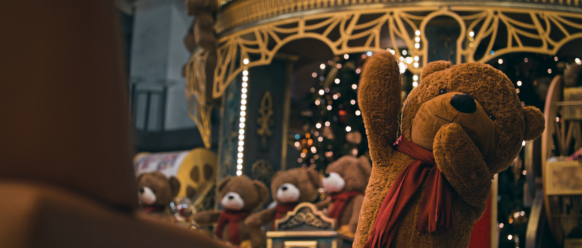 iulius town timisoara teddy bear christmas commercial popotam productions video agency after color grading