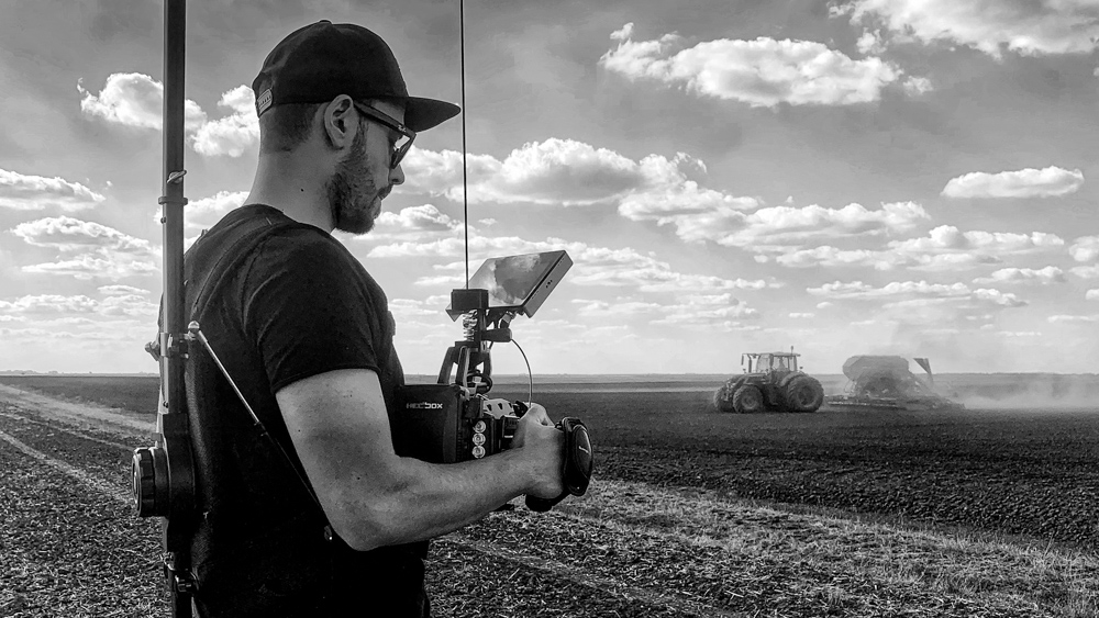 making-of mewi services video by popotam productions video agency timisoara maria nistor and costin marian blackmagic ursa mini pro fendt tractor