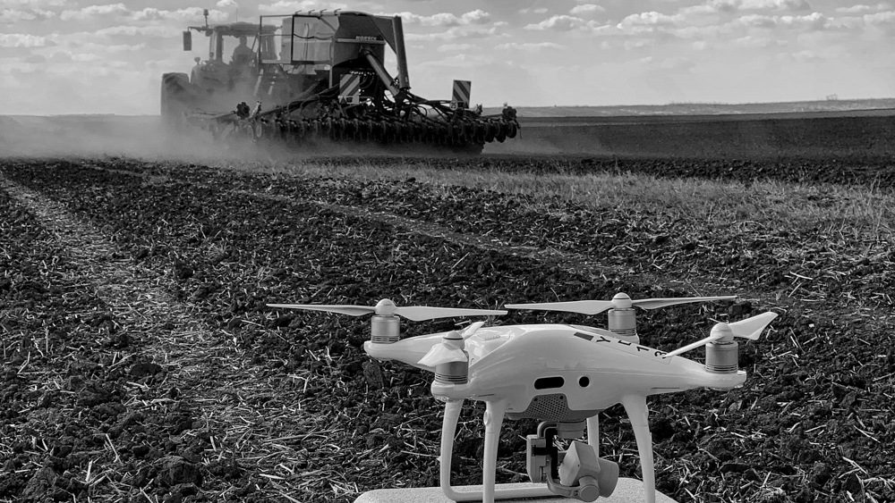 making-of mewi services video by popotam productions video agency timisoara maria nistor and costin marian drone dji phantom 4 pro plus fendt tractor